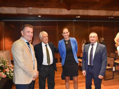 """La Alcaldesa y el ConcejalMario Alcaraz asisten a la 49ª edición del acto """"Palomas del Turismo"""" deTurismo de Murcia"""