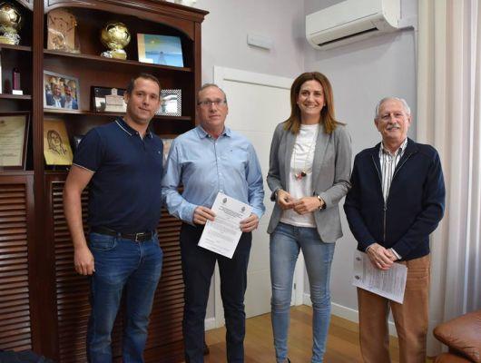 La Alcaldesa firma dos convenios de colaboración con clubs deportivos para la temporada 2019-2020
