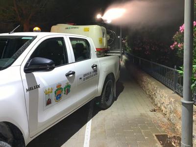 Continúa la campaña municipal de fumigación contra los mosquitos en la zona del Río Segura