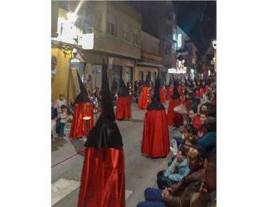 El Cristo del Perdón protagonizó el primero de los grandes cortejos procesionales de laSemana Santa deArchena