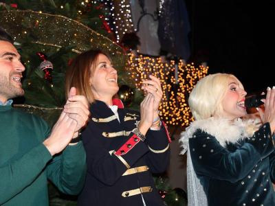 La Alcaldesa y el Concejal de Festejos dan el pistoletazo de salida a la programación navideña ante más de 2.000 niños