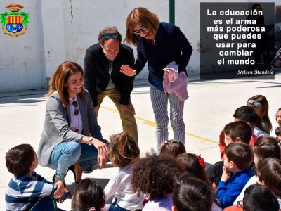 Archena se suma al Dia Internacional de la Educación