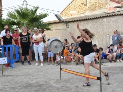 Alta participación y excelente ambiente en el XII Concurso de Lanzamiento de Barril en las fiestas patronales del barrio de El Hurtado de Archena